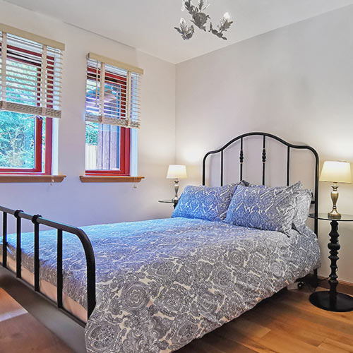 Glenview cottages, north cottage double bed